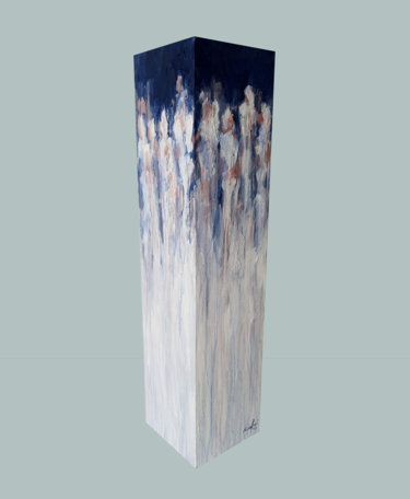 totem: blue on white