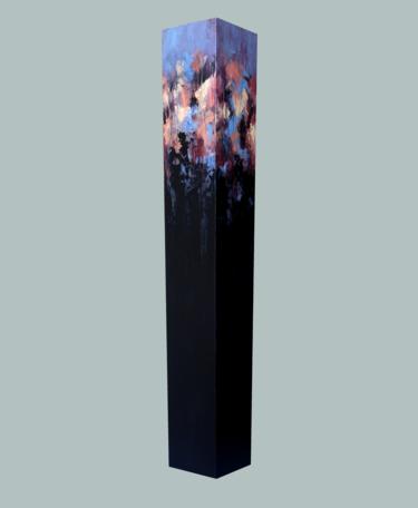 totem on light ultramarine